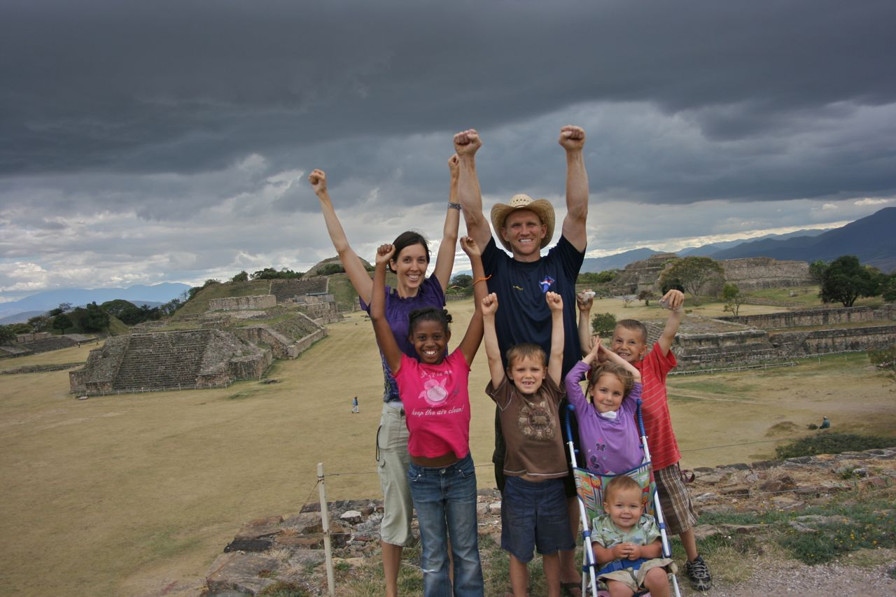 denning-family-monte-alban-mexico